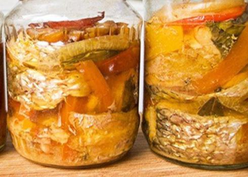 Скумбрия с овощами на зиму