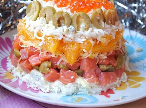салат с красной рыбкой