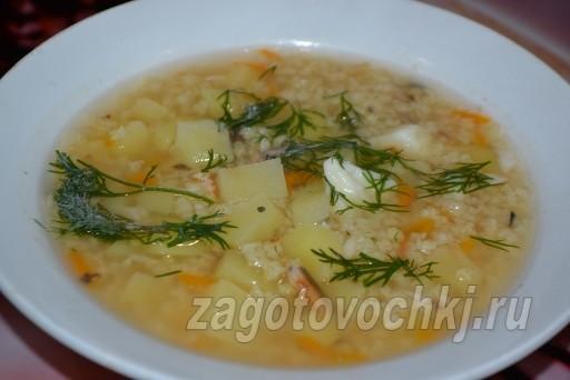 Суп с рыбными консервами в томате