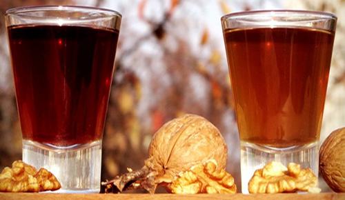 Рецепт алкогольного напитка на основе ореховой настойки