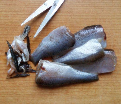 очистить рыбу от внутренностей