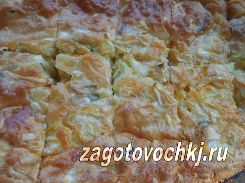 пирог с рыбными консервами и овощами
