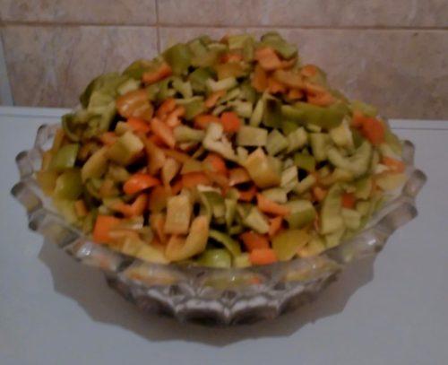 нарезать сладкий перец кубиками