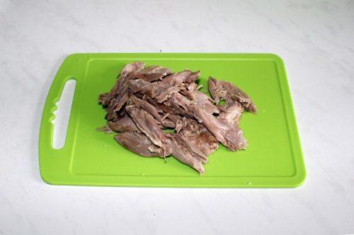 мясо утки вареное