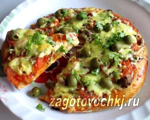 пицца с маринованными грибами и зелеными оливками, рецепт