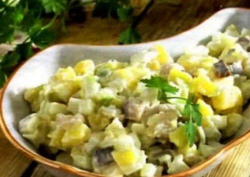 салат с селедкой без майонеза