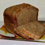 Бородинский хлеб на ржаной закваске в хлебопечке в домашних условиях