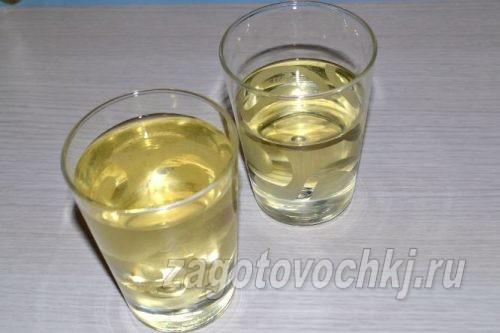 рассол и растительное масло