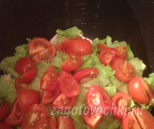 помидоры черри на четвертинки нарезать