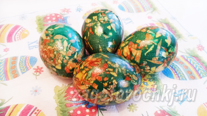 Мраморный окрас яиц зеленкой