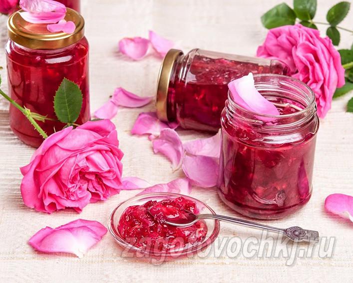 Простой рецепт варенья из розовых цветов