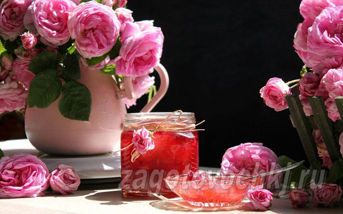 Старинный рецепт варенья из роз