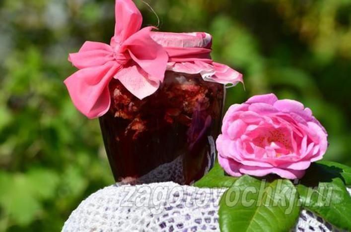 Полезные свойства розового варенья