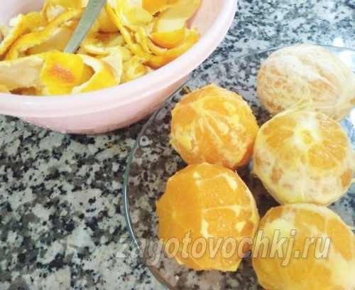 очищенные апельсины
