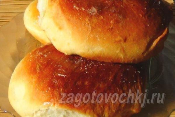 Сахарные булочки из сдобного дрожжевого безопарного теста