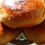 Миниатюра к статье Сахарные булочки из сдобного дрожжевого безопарного теста