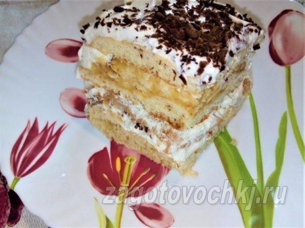 торт с коржами из сгущенки, меренгой и лимонным курдом